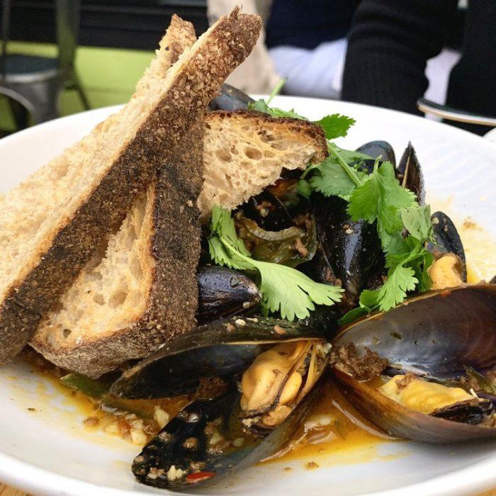 Pan Roasted Black Mussels